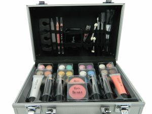 Keeva Cosmetics - 52piece Make Up Set - Iconic
