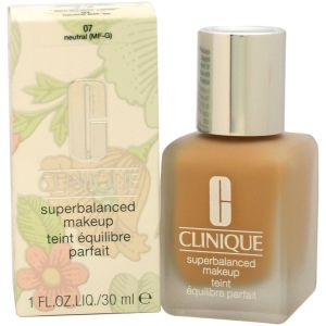 Clinique - Superbalanced Makeup - Shade 07 Neutral 30ml